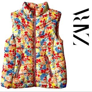 NWOT Zara girls floral puffer vest size 9/10